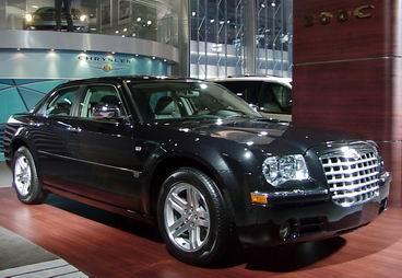 汽车展上亮相的新款克莱斯勒(chrysler)·300c轿车,可谓是克莱高清图片
