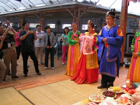 吉林省安图县地标 红旗朝鲜族民俗村 - 西部落叶 - 《西部落叶》·  余文博客