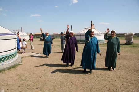 新巴尔虎右旗蒙古大营里苍老的长调
