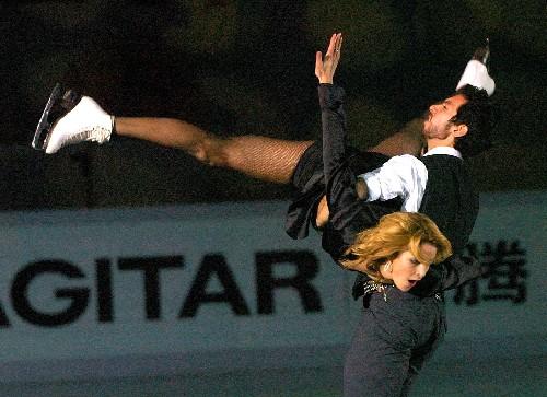 世界花样滑冰大奖赛举行表演赛