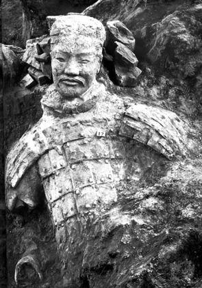 1974年3月29日,陕西临渔县晏寨公社西杨村几个农民在乱石滩上打井