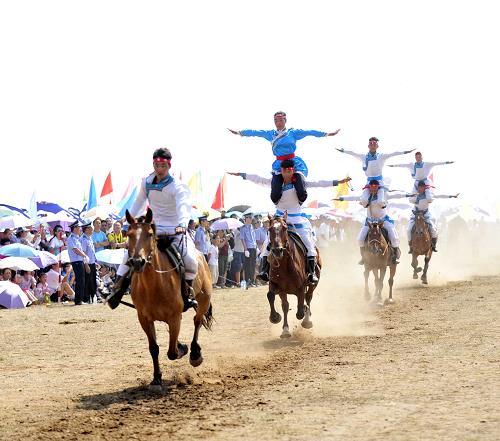 内蒙古旅游那达慕大会开幕(图)